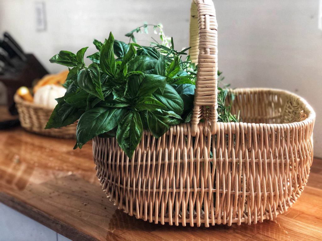 Thrifted, Basket of herbs